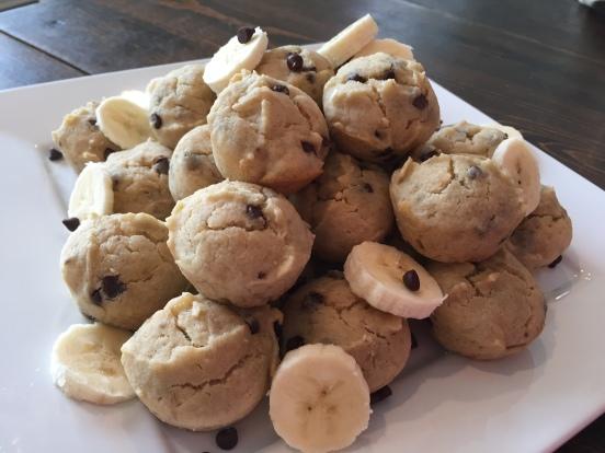 banana-chocolate-chip-muffins