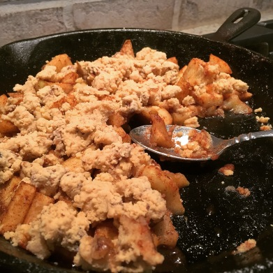 cast-iron-apple-crumble
